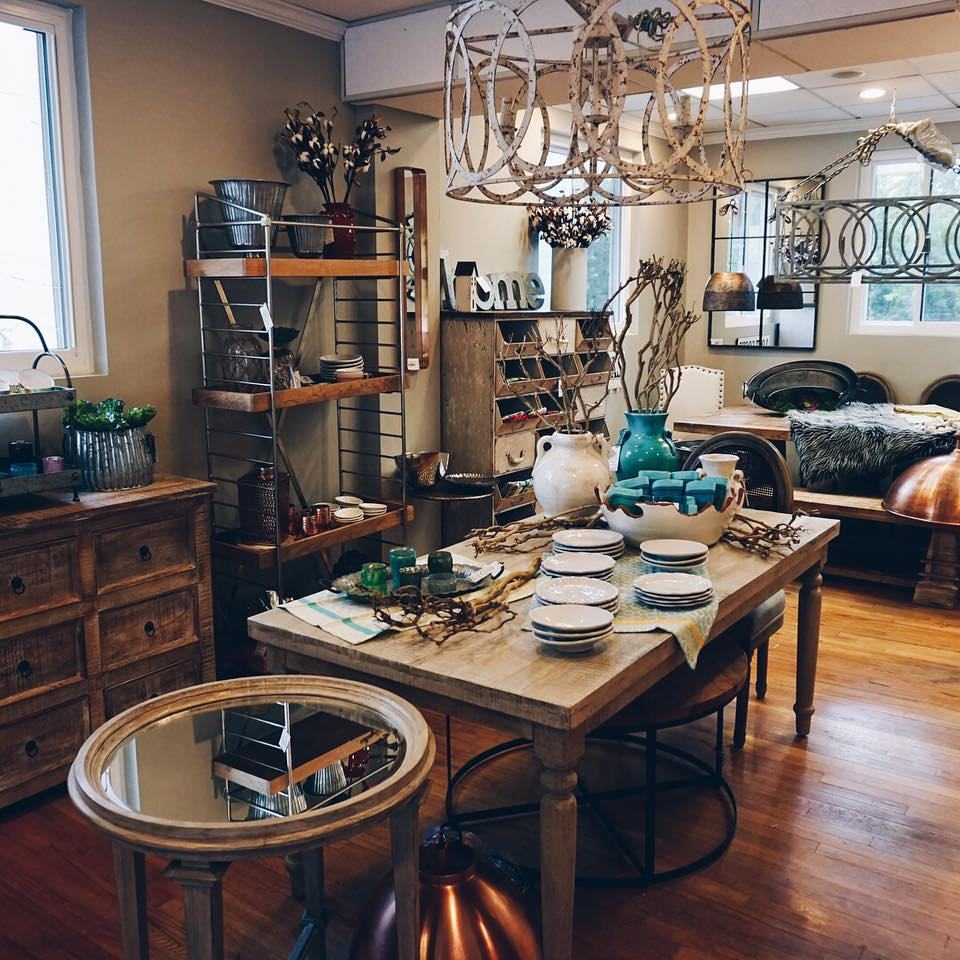 Willow Home Decor- Home Page/Nashville-Furniture/
